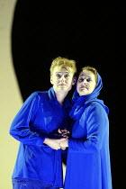 'IDOMENEO' (Mozart)~l-r: Magdalena Kozena (Idamante), Christiane Oelze (Ilia)~Glyndebourne Festival Opera                  10/06/2003