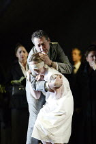 'JEPTHA' (Handel - conductor: Paul McCreesh   director: Katie Mitchell)~Jeptha tries to comfort his condemned daughter: Sarah Tynan (Iphis), Mark Padmore (Jeptha)~Welsh National Opera / Cardiff...