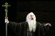 'KHOVANSHCHINA' (Mussorgsky)~John Tomlinson (Dosifey)~English National Opera / London Coliseum                     23/01/2003
