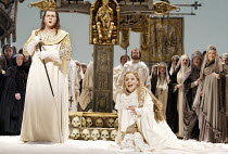 'LOHENGRIN' (Wagner)~Robert Dean Smith (Lohengrin), Melanie Diener (Elsa)~The Royal Opera / Covent Garden, London WC2           03/06/2003