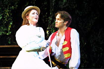 'THE PIRATES OF PENZANCE' (Gilbert & Sullivan)~Charlotte Page (Mabel), Tim Rogers (Frederic)~Savoy Theatre, London WC2  24/04/2001