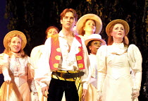 'THE PIRATES OF PENZANCE' (Gilbert & Sullivan)~Tim Rogers (Frederic), Charlotte Page (Mabel)~Savoy Theatre, London WC2  24/04/2001