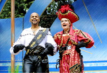 'THE PIRATES OF PENZANCE' (Gilbert & Sullivan)~Gary Wilmot (The Pirate King), Su Pollard (Ruth)~Open Air Theatre/Regent's Park, London NW1           29/08/2001
