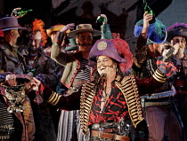 'THE PIRATES OF PENZANCE' (Gilbert & Sullivan - conductor: Mark Shanahan   director: Elijah Moshinsky),Karl Daymond (The Pirate King),English National Opera / London Coliseum  WC2         04/12/2004,