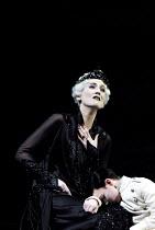 'RODELINDA' (Handel)~Emma Bell (Rodelinda), Aaron Fulthorpe (Flavio)  ~Glyndebourne Touring Opera                   20/10/2001