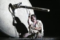 'SAMSON ET DALILA' (Saint-Saens - conductor: Philippe Jordan   director: Elijah Moshinsky)~Jose Cura (Samson)~The Royal Opera / Covent Garden, London WC2         12/03/2004