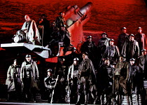 'THE SILVER TASSIE' (Turnage)~at the front: (upper left) Gwynne Howell (The Croucher)~English National Opera  16/02/2000