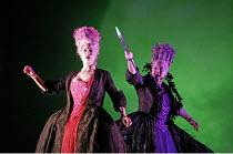 'SEMELE' (Handel - conductor: Christian Curnyn - director: John La Bouchardi�re),l-r: Kate Royal (Iris), Susan Bickley (Juno),Scottish Opera / Theatre Royal, Glasgow                        19/02/2005,
