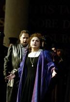 'SIMON BOCCANEGRA - 1881' (Verdi)~Tamar Iveri (Amelia Grimaldi) with Marco Berti (Gabriele Adorno)~The Royal Opera/Covent Garden, London WC2    28/06/2002