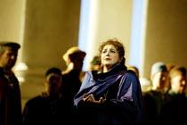 'SIMON BOCCANEGRA - 1881' (Verdi)~Tamar Iveri (Amelia Grimaldi)~The Royal Opera/Covent Garden, London WC2    28/06/2002