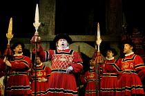 'THE YEOMEN OF THE GUARD' (Gilbert & Sullivan)~centre: Gareth Jones (Sergeant Meryll)~D'Oyly Carte Opera Company/Savoy Theatre  London WC2    17/04/2002