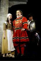 'THE YEOMEN OF THE GUARD' (Gilbert & Sullivan)~l-r: Maria Jones (Phoebe Meryll), Garteth Jones (Sergeant Meryll), David Fieldsend (Leonard Meryll)~D'Oyly Carte Opera Company/Savoy Theatre  London WC2...