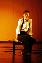 'DIARY OF ONE WHO VANISHED' (Janacek/Heaney)~Ian Bostridge (The Young Man)~ENO/RNT  Lyttelton Theatre  03/11/1999 ~(c) Donald Cooper/Photostage   photos@photostage.co.uk   ref/A11