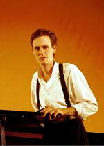 'DIARY OF ONE WHO VANISHED' (Janacek/Heaney)~Ian Bostridge (The Young Man)~ENO/RNT  Lyttelton Theatre  03/11/1999 ~(c) Donald Cooper/Photostage   photos@photostage.co.uk   ref/B19