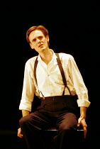 'DIARY OF ONE WHO VANISHED' (Janacek/Heaney)~Ian Bostridge (The Young Man)~ENO/RNT  Lyttelton Theatre  03/11/1999 ~(c) Donald Cooper/Photostage   photos@photostage.co.uk   ref/B8