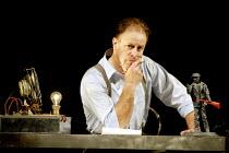 'THE ELECTRIFICATION OF THE SOVIET UNION' (Osborne/Raine) Gwion Thomas (Boris Pasternak) Music Theatre Wales/Opera Vest             Everyman Theatre, Cheltenham         12/07/2002