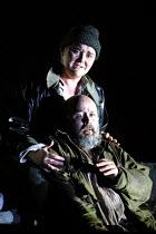 'FIDELIO' (Beethoven)~Charlotte Margiono (Leonore), Kim Begley (Florestan)~Glyndebourne Festival Opera, E.Sussex, England  17/05/2001