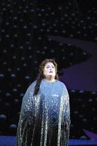 'DIE FRAU OHNE SCHATTEN' (Strauss - conductor: Christoph von Dohnanyi   director: John Cox)~Deborah Voigt (Empress)~The Royal Opera / Covent Garden, London WC2           09/10/2001