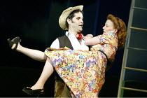 'IOLANTHE' (Gilbert & Sullivan)~Jeremy Carpenter (Strephon), Mary Hegarty (Phyllis)~Grange Park Opera              12/06/2003