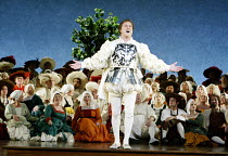 'DIE MEISTERSINGER VON NURNBERG' (Wagner)~Walther sings his prize song: Robert Dean Smith (Walther von Stolzing)~The Royal Opera / Covent Garden, London WC2   12/11/2002