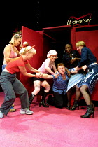 'THE SHAGAROUND' (Nevill) l-r: Luisa Bradshaw-White (Lisa), Toyah Willcox (Beth), Veronica Quilligan (Dilly),  Matthew Cullum (Matt), Diane Parish (G), Elizabeth Berrington (Sal) Soho Theatre, Lond...