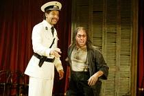 'THE MALCONTENT' (Marston)~l-r: Joe Dixon (Mendoza), Antony Sher (Giovanni Altofronto, deposed Duke of Genoa disguised as Malevole)~RSC/Swan Theatre, Stratford-upon-Avon               20/08/2002