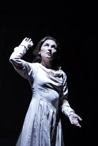 'LESSNESS' (Beckett)~Olwen Four~Gare St. Lazare Players   Cottesloe Theatre / National Theatre, London SE1    25/09/2002