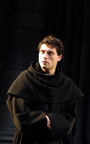 LUTHER  by John Osborne  design: Alison Chitty  lighting: Peter Mumford  director: Peter Gill ~Rufus Sewell (Martin Luther)~Olivier Theatre/Royal National Theatre, London SE1              05/10/2001