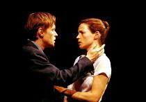 'MY ZINC BED' (Hare),Steven Mackintosh (Paul), Julia Ormond (Elsa),Royal Court Theatre, London SW1  14/09/2000,