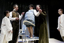 'A CHASTE MAID IN CHEAPSIDE' (Middleton)~centre, l-r: Stephen Boxer (Allwit), Anna Niland (Mistress Allwit), Terence Wilton (Sir Walter Whorehound)~Almeida on Tour/Oxford Playhouse        22/03/2002