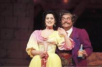 'L'ELISIR D'AMORE' (Donizetti - conductor: Evelino Pido   original director: John Copley)~Angela Gheorghiu (Adina), Bruno Pola (Dulcamara)~The Royal Opera / Covent Garden   London WC2...