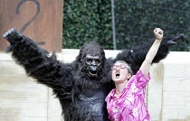 'GRANNY AND THE GORILLA'~Oliver Parham (Shinda), Janet Jefferies (Granny)~Open Air Theatre / Regent's Park, London NW1            01/08/2003