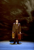 'DEATH OF A SALESMAN' (Miller)~David Ross (Willy Loman)~Birmingham Repertory Theatre, England  03/03/2000