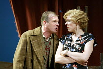 'DESIGN FOR LIVING' (Noel Coward)   (director: Peter Hall)~Hugo Speer (Otto), Janie Dee (Gilda)~The Peter Hall Company / Theatre Royal, Bath   England                  09/07/2003