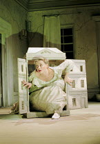 A DOLL'S HOUSE   by Ibsen   design: Angela Davies   lighting: Tina MacHugh   director: Polly Teale ~Anne-Marie Duff (Nora)~Shared Experience / New Ambassadors, London WC2    02/11/2000~(c) Donald Coop...