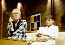 'DAMSELS IN DISTRESS' (Ayckbourn)~'GamePlan': l-r Jacqueline King (Lynette Saxon), Saskia Butler (Sorrel Saxon)~Duchess Theatre, London WC2                07/09/2002