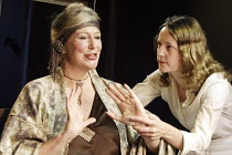 'ELECTRA' (Jean Giraudoux, after Sophocles & Euripedes - director: Erica Whyman)~l-r: Joanna McCallum (Clytemnestra), Lucy Briers (Electra)~Gate Theatre, London W11                     22/10/2003