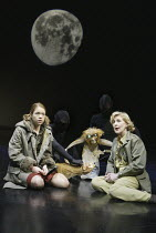 'HIS DARK MATERIALS' (Philip Pullman, adapted by Nicholas Wright - director: Nicholas Hytner)~Part 2 - Witches Camp: Anna Maxwell Martin (Lyra Belacqua), Patricia Hodge (Mrs Coulter) ~with Pantalaimon...
