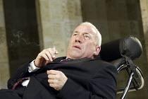 'THE HOLY TERROR' (Simon Gray - director: Laurence Boswell) Simon Callow (Mark) Duke of York's Theatre, London WC2   14/04/2004
