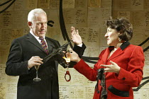 'THE HOLY TERROR' (Simon Gray - director: Laurence Boswell)~Simon Callow (Mark), Beverley Klein (Gladys Powers)~Duke of York's Theatre, London WC2   14/04/2004