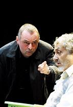 'HOWARD KATZ' (Marber)~l-r: Ron Cook (Howard Katz), Nadim Sawalha (Norman)~Royal National Theatre/Cottesloe Theatre, London SE1  13/06/2001