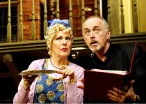 'NOISES OFF' (Frayn)~Lynn Redgrave (Dotty Otley), Peter Egan (Lloyd Dallas)~Piccadilly Theatre  London W1  14/05/2001