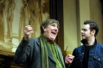 'NO MAN'S LAND' (Pinter)~l-r: John Wood (Spooner), Danny Dyer (Foster)~Lyttelton Theatre/Royal National Theatre, London SE1               06/12/2001