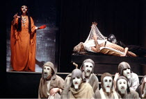 rear, l-r: Clytemnestra, Agamemnon, Cassandra in THE ORESTEIA by Aeschylus at the Olivier Theatre, National Theatre (NT), London SE1 28/11/1981 ~in a version by Tony Harrison  design: Jocelyn Herbert...