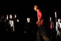 'RITUAL IN BLOOD' (Berkoff)~Ian Peck (Sheriff John - in red), David Fleeshman (Rabbi Ben Barachyal - rear centre)~Nottingham Playhouse  31/05/2001