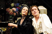 THE ROYAL FAMILY  by George S. Kaufman & Edna Ferber  design: Anthony Ward  lighting: Jon Buswell  director: Peter Hall   Judi Dench (Fanny Cavendish), Toby Stephens (Anthony Cavendish) Peter Hall C...