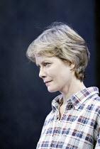 'THE SECRET RAPTURE' (David Hare - director: Guy Retallack)~Jenny Seagrove (Isobel Glass)~Lyric Theatre, London W1                       26/11/2003