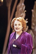 'SUDDENLY LAST SUMMER' (Tennessee Williams - director: Sean Mathias)~Sheila Gish (Mrs Venables)~Comedy Theatre / London SW1              14/04/1999