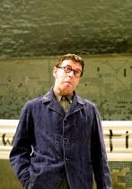 'TALES FROM HOLLYWOOD' (Hampton)~Phil Davis (Bertolt Brecht)~Donmar Warehouse, London WC2  01/05/2001