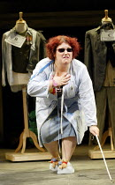 'THE THREEPENNY OPERA' (Weill/Brecht)~Beverley Rudd (Mrs Peacham)~National Youth Theatre / Lyric Hammersmith, London W6   28/08/2002